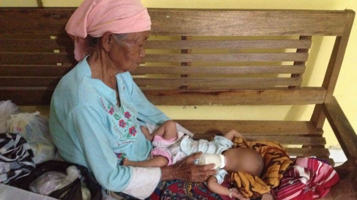 Kasihan! Bayi Mungil Ini Menderita Ruam, Nenek Ini Bilang Karena Kerap Dipukul
