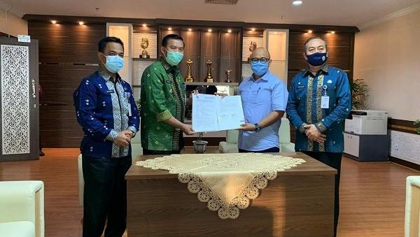 Walikota Pekanbaru dan Dirut PT SPP Tandatangani MoU Penyerahan Lahan KIT