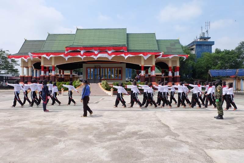 Jelang Peringatan Hari Kemerdekaan ke-73 RI, Paskibra Kabupaten Inhil Giat Berlatih