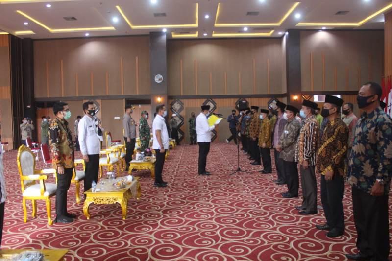 Wako Pekanbaru Ajak Pengurus Forum Komunikasi RT RW Bersinergi Tangani Covid-19