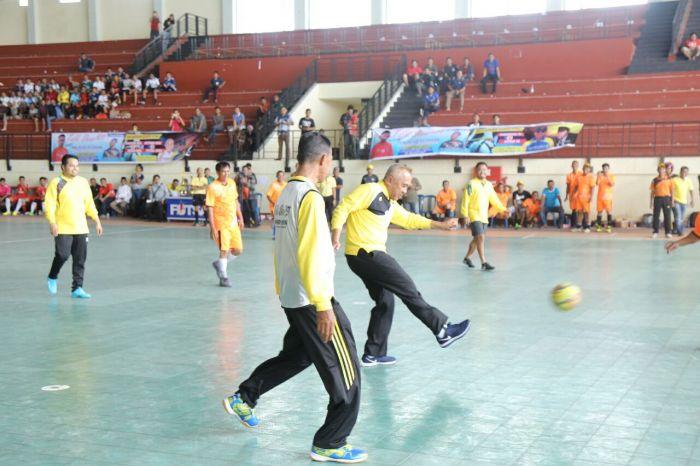 Gubri Buka Turnamen Futsal 2017 di Inhil