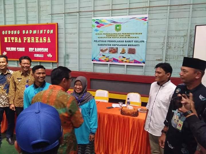 Sekda Meranti Buka Pelatihan Pemanfaatan dan Pengelolaan Sabut Kelapa