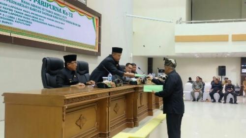 APBD Inhil 2018 Disahkan, Ketua DPRD Minta Pemkab Konsisten untuk Menjalankan