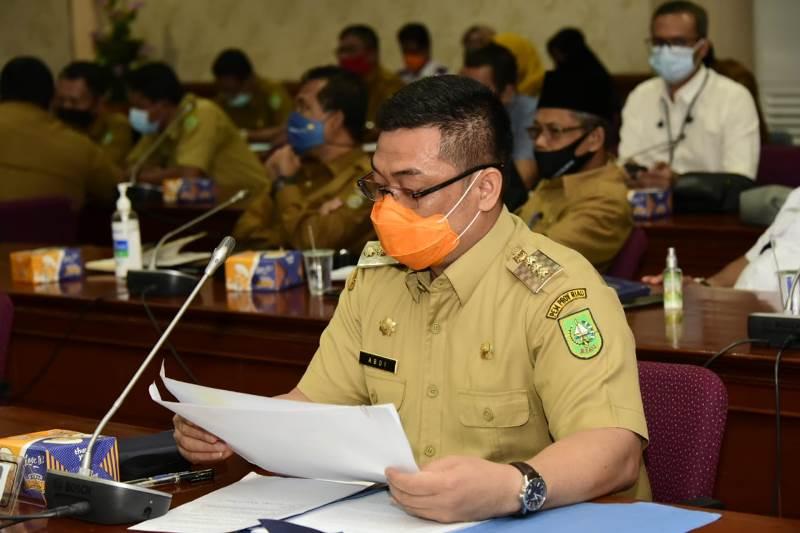 Hadiri Rapat Bersama Pansus DPRD Riau, Pj Bupati Bengkalis Usulkan Zona Tambahan pada Ranperda RZWP3K