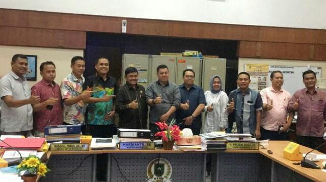 Komisi IV DPRD Rohul Kunjungi DPRD Riau