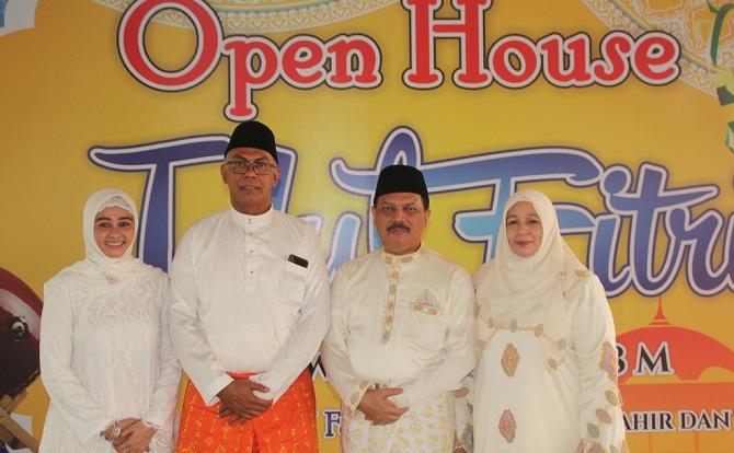 Usai Shalat Idul Fitri, Rudyanto Gelar Open House di Kediaman