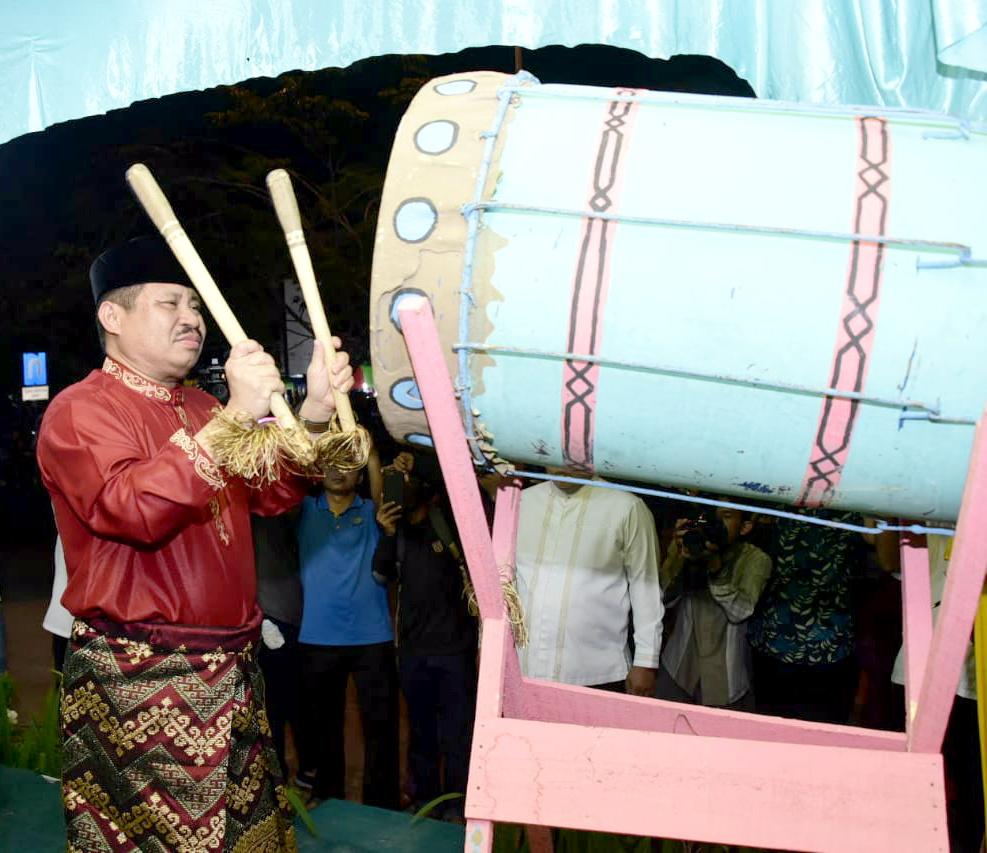 Bupati Bengkalis Lepaskan Pawai Takbir Idul Fitri 1440 H