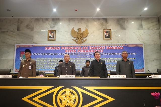 DPRD Pekanbaru Sahkan APBD Murni 2018
